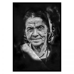Old Women zwart wit poster