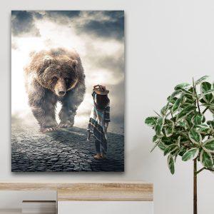 Bear vs Woman poster botanisch jungle dieren